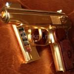 декоративное золочение пистолета